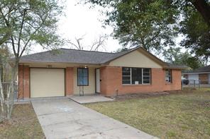 211 Spell Street, Houston, TX 77022