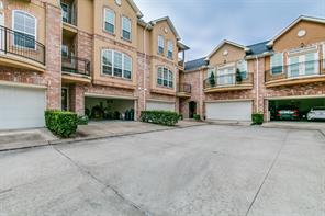 8 versante court, houston, TX 77070