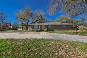 1704 Laurel Oaks, Richmond TX 77469