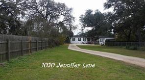 1030 jennifer road, columbus, TX 78934