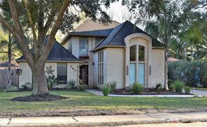 702 olde oaks drive, dickinson, TX 77539