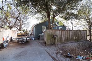 4226 coke street, houston, TX 77020
