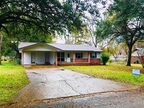 605 parkway street, crockett, TX 75835
