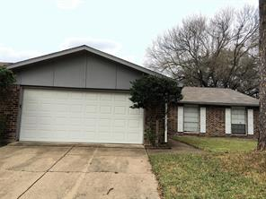5514 Edgebrook Forest