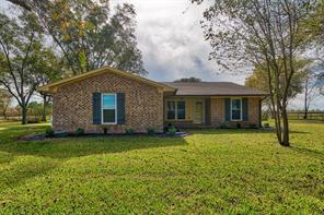1822 County Road 64, Rosharon, TX 77583