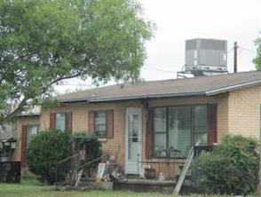 1724 washington street, robert lee, TX 76945