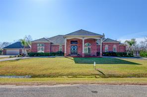 5302 Shelton Road, Brookside Village, TX 77581