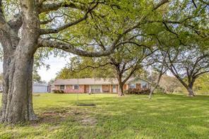 1202 Maley Road, Cove, TX 77523