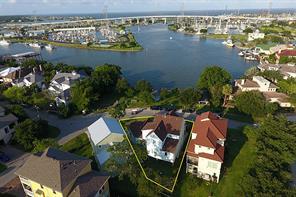422 e shore drive, clear lake shores, TX 77565