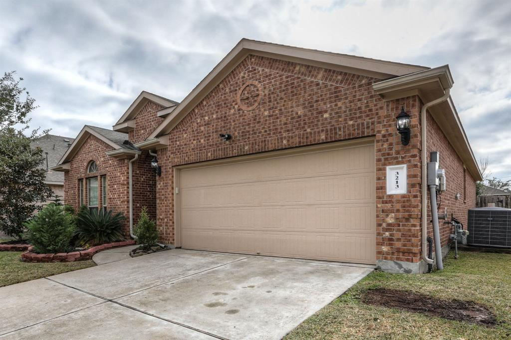 Pictures of  League City, TX 77539 Houston Home for Sale