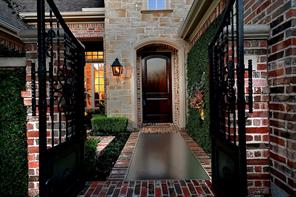 Houston Home at 2 Bridgewood Cove Court The Woodlands                           , TX                           , 77381-6112 For Sale