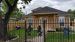 1101 genova street, houston, TX 77009