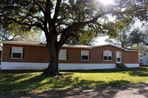133 Henry Street, Glidden, TX 78943