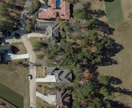 This aerial view allows you to see the depth of this extraordinary lot.  You can see that it has plenty of room in the back for a wonderful pool/summer kitchen or large back yard.