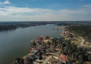 This aerial is looking further along Marseille as it makes its way to the farthest western point in the Bentwater subdivision.