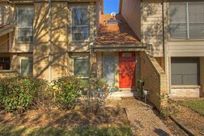 Houston Home at 728 Country Place Drive 13F Houston                           , TX                           , 77079-8507 For Sale