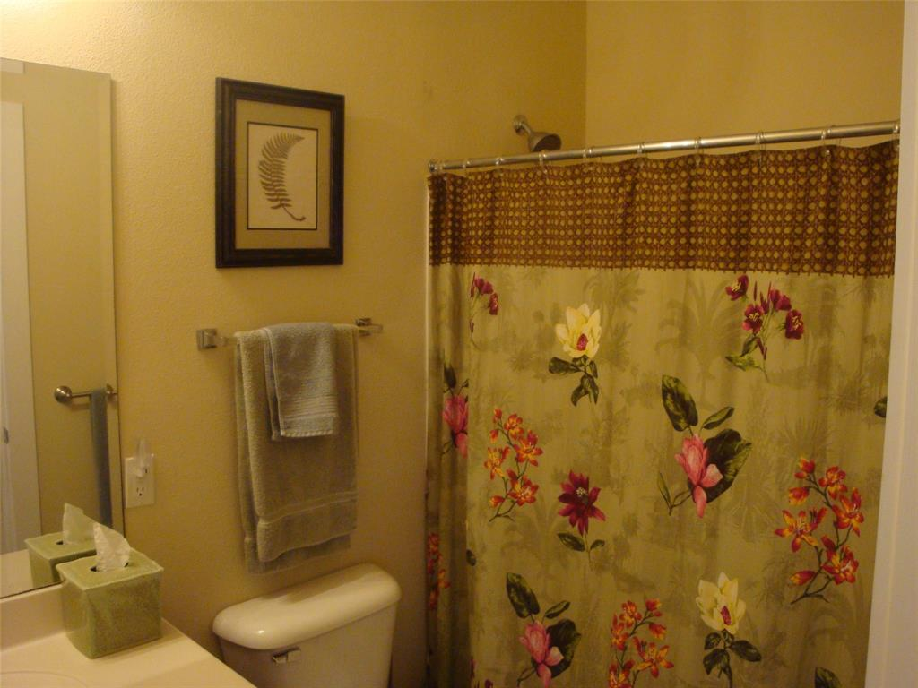 4111 Pointe West Drive 202 Galveston 77554 Better Homes And