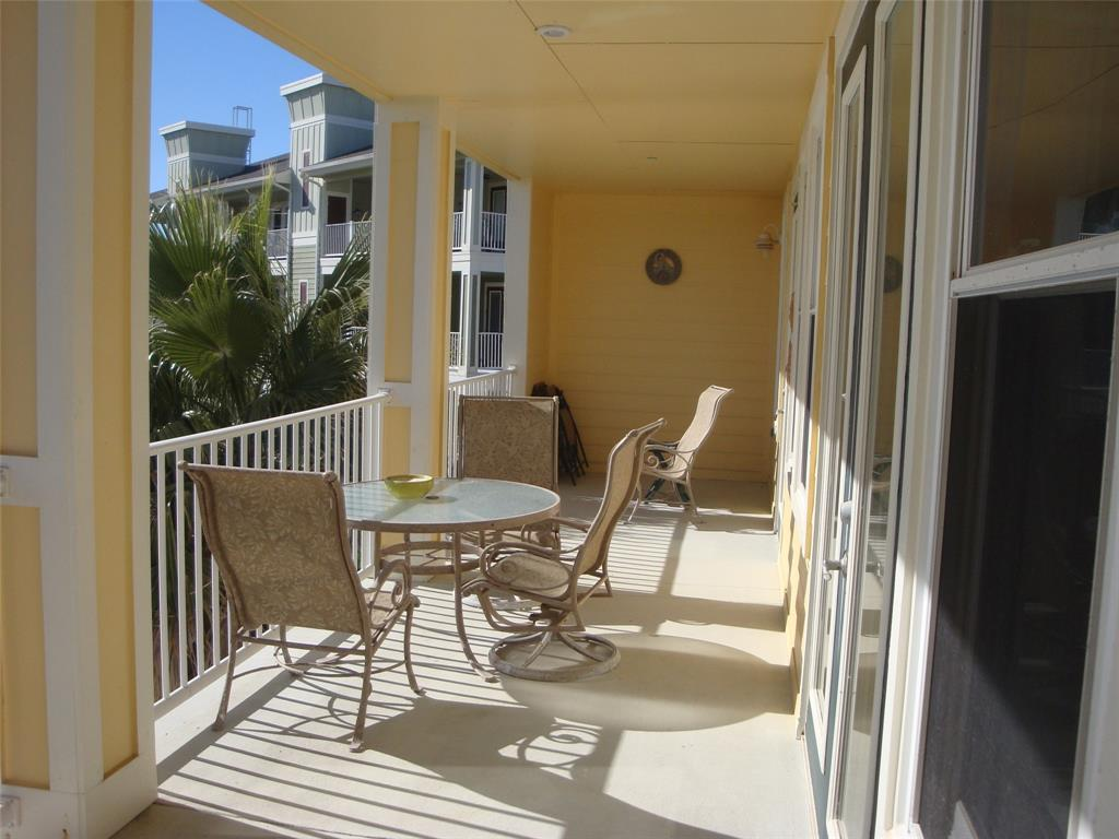 4111 Pointe West Drive, #202, Galveston, TX 77554 | Better Homes and ...
