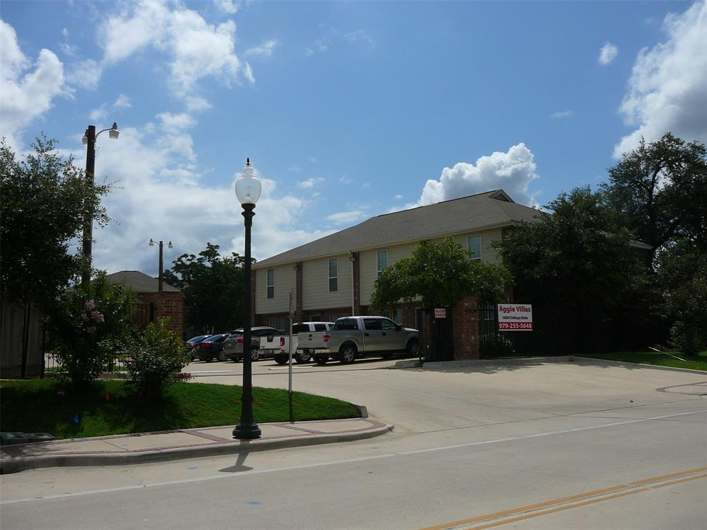 4504 College Main Street, Bryan, TX 77801