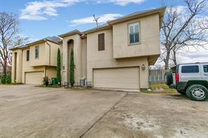 9006 Laverne Park Lane, Houston, TX 77080
