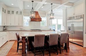 "KITCHEN - KITCHEN - Amazing kitchen! Large island, 48"" Thermador range, apron sink, plenty of storage, warming drawer and butlers pantry!"