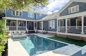 POOL/YARDSPACE - Saltwater heated  pool/spa & travertine patio. Who wouldn t want to spend our hot Houston months besides this resort like pool?