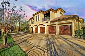 The FIVE car oversized garage with epoxy flooring is perfect for car enthusiasts. The garage doors were replaced in 2017 with insulated garage doors.