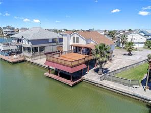 Houston Home at 1711 W Castaway Street Tiki Island , TX , 77554-6129 For Sale