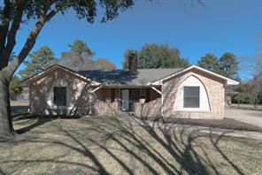 522 w hufsmith road, tomball, TX 77375