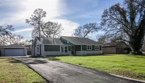 Houston Home at 74 Briar Oak Court Alvin                           , TX                           , 77511-9208 For Sale