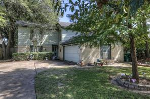 519 derbyshire drive, houston, TX 77034