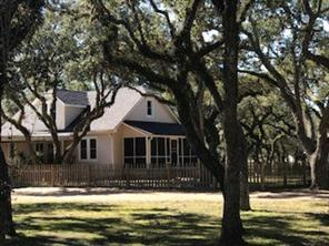 1122 Forest Oaks, Altair TX 77412