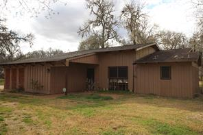 819 Pony, Wallis TX 77485