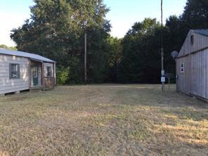 141 willow creek, huntsville, TX 77340