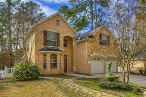 This home is located on a quiet Cul-De-Sac in Walden on Lake Conroe.