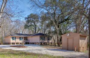 8606 Kings Oak, Damon TX 77430