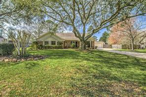 908 evergreen drive, friendswood, TX 77546