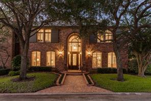5 heritage oak court, lake jackson, TX 77566