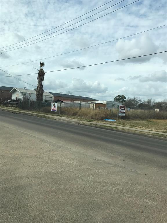 4626 W Fuqua Street, Houston, TX 77045
