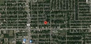 4906 mallow street, houston, TX 77033