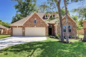 507 moore street, richwood, TX 77531