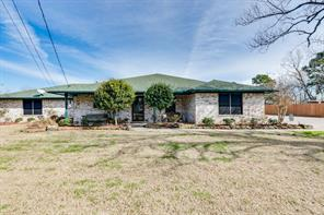 603 steele road, highlands, TX 77562
