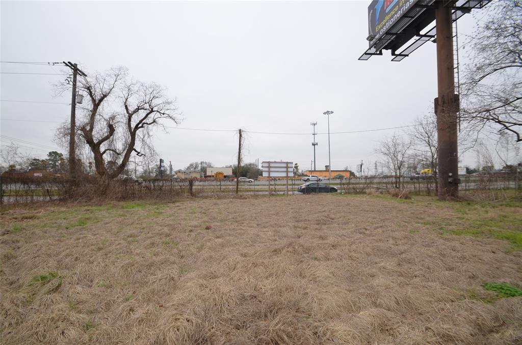 12890 Mcnair Street, Houston, TX 77015