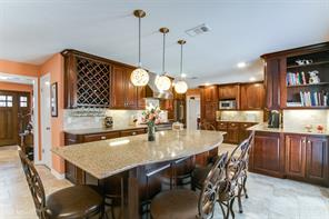 14203 lakewood forest drive, houston, TX 77070