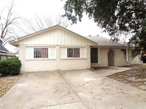 12402 bichester lane, houston, TX 77039