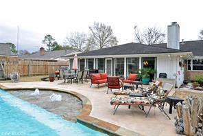 702 Country Club Drive, Richmond, TX 77469