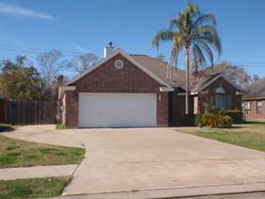 Houston Home at 400 Lexington Avenue Clute                           , TX                           , 77531-4793 For Sale