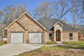 296 County Road 3310c, Cleveland TX 77327