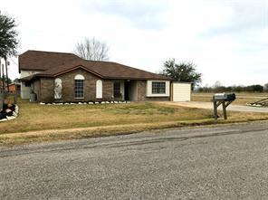 5102 1st street, danbury, TX 77534
