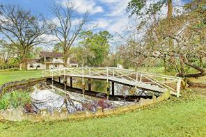 Houston Home at 27 Rollingwood Drive Houston , TX , 77080-7617 For Sale
